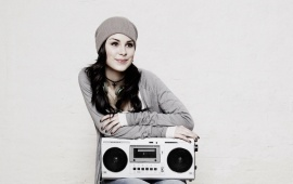 Lena Meyer-Landrut And Hat