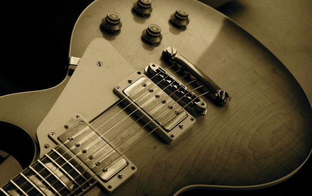 Les Paul Guitar (click to view)