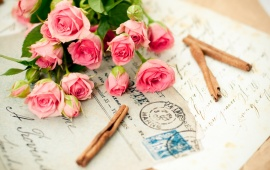 Letters On Rose Bouquets