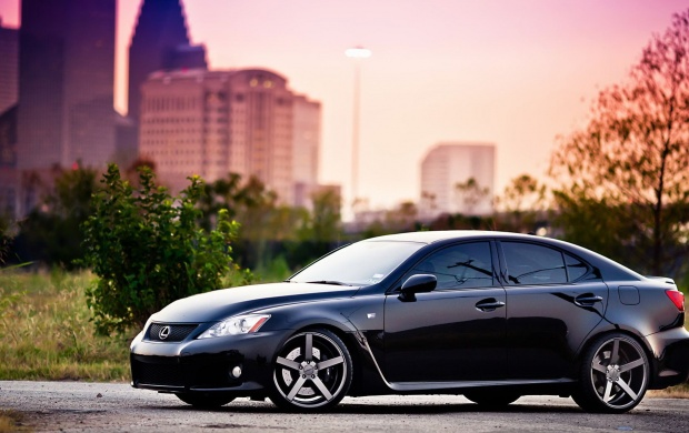 Lexus IS (click to view)