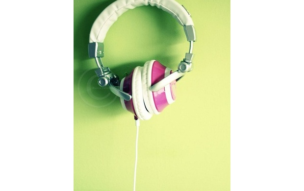 Light Green Headphone (click to view)