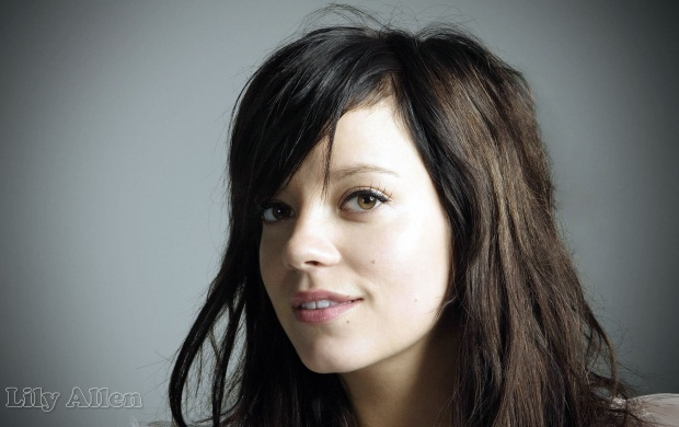 Lily Allen (click to view)
