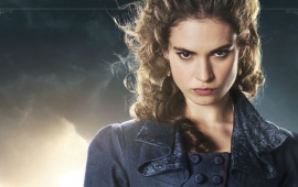 Lily James As Elizabeth Bennet Pride And Prejudice And Zombies