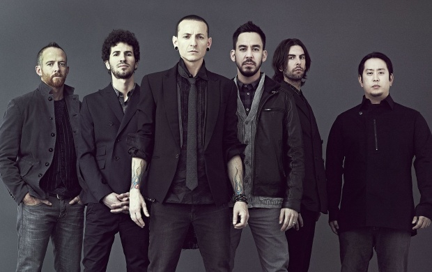 Linkin Park Living Things Album (click to view)