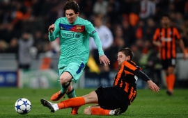 Lionel Messi And Yaroslav Rakitskiy