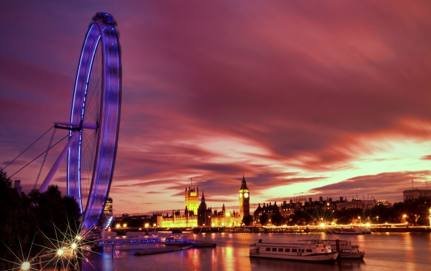 London Ferris Wheel Night (click to view)
