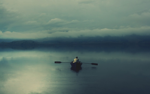 Lonely Boat on the Lake (click to view)