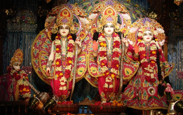 Lord Rama With Sita And Lakshmana (click to view)