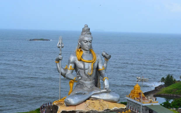 Lord Shiva Murudeshwar (click to view)