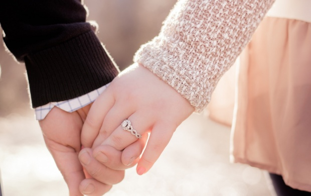 Love Couple Hands Ring (click to view)