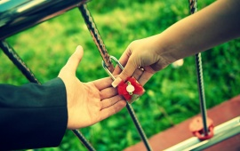Love Lock Couple Hands