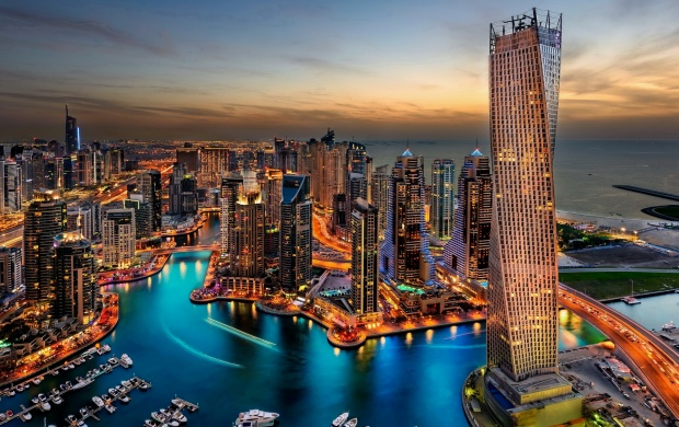 Luxury Hotels In Dubai (click to view)
