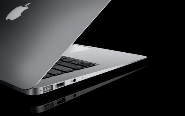 MacBook Air (click to view)