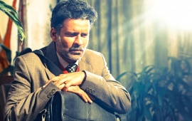Manoj Bajpayee As Hansal Mehta Aligarh