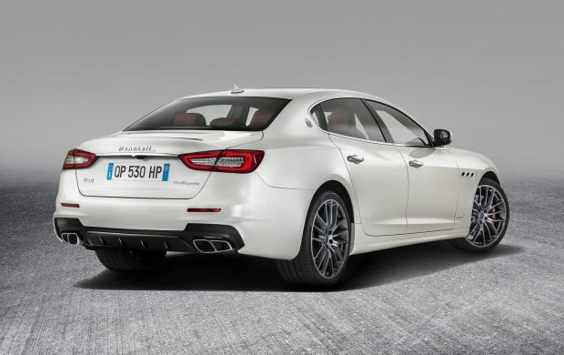 Maserati Quattroporte  GTS GranSport Rear View 2017 (click to view)
