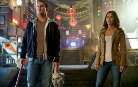 Megan Fox And Stephen Amell TMNT2