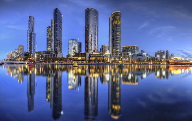 Melbourne Victorias Coastal Capital Australia (click to view)