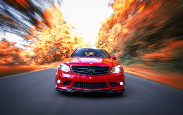 Mercedes Benz C63 AMG (click to view)