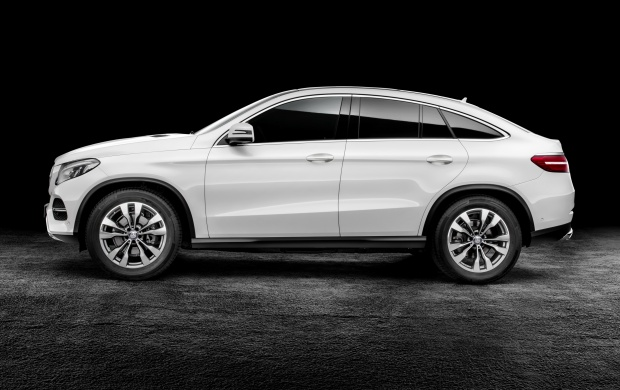 Mercedes-Benz GLE Coupe 2015 (click to view)