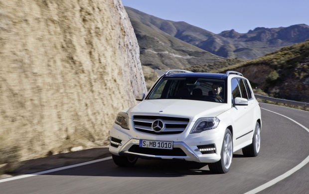 Mercedes-Benz GLK Class On Road (click to view)