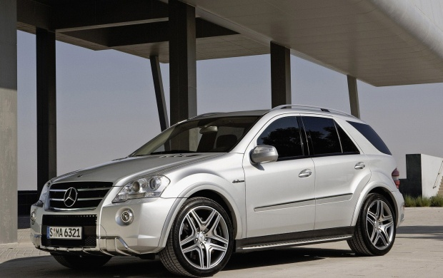 Mercedes Benz ML (click to view)