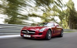 Mercedes Benz SLS Speeding
