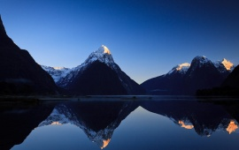 Milford Sound Sunrise New Zealand