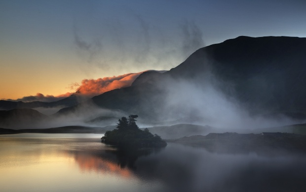 Mist On Mountain Lake (click to view)