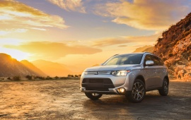 Mitsubishi Outlander GT USA Version 2014