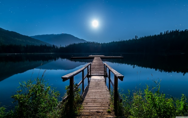 Moon over Lost Lake (click to view)