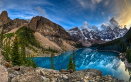 Moraine Lake Landscape