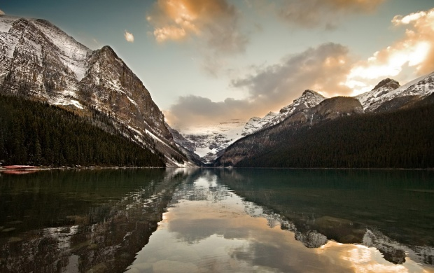 Mountain Lake Reflection (click to view)