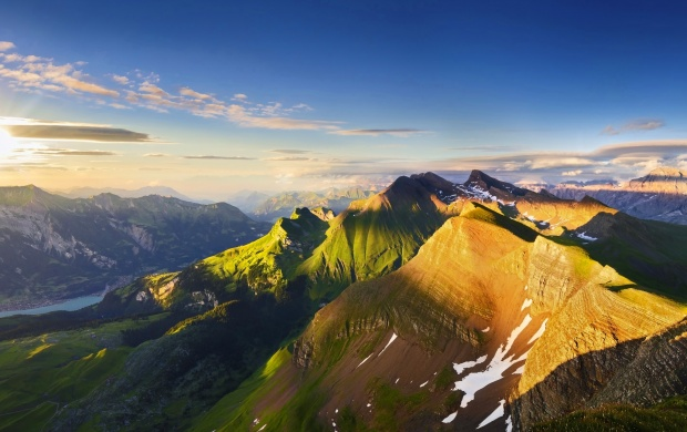 Mountains Landscape Beauty (click to view)
