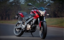 New Bajaj Pulsar 200NS Front Side