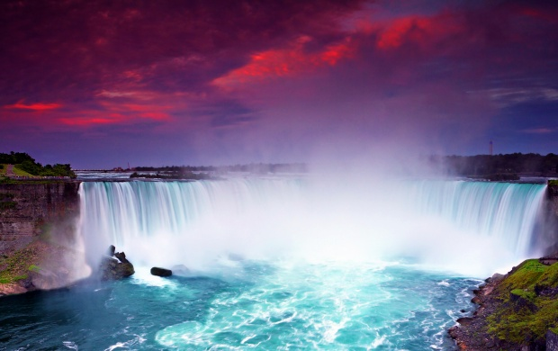 Niagara Falls and Purple Sky (click to view)