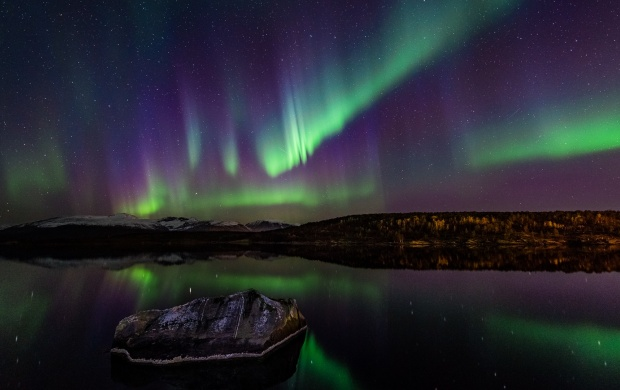 Night Norway Northern Lights (click to view)