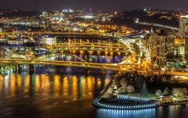 Night Pittsburghs Golden Bridges