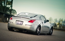 Nissan 350Z Luxury Sport Car