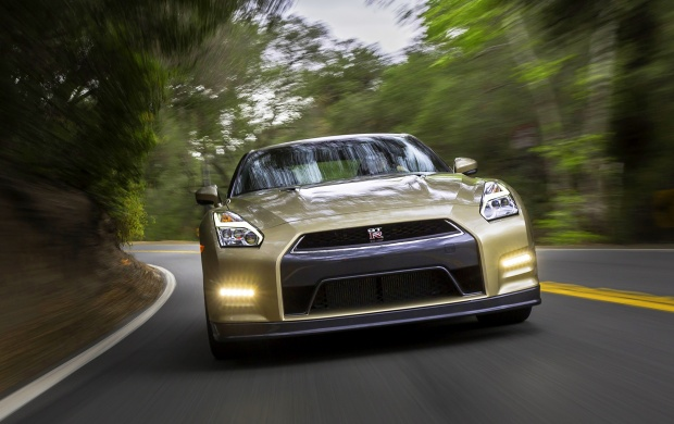 Nissan GT-R 45th Anniversary Gold Edition 2016 (click to view)