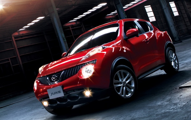 Nissan Juke Red (click to view)