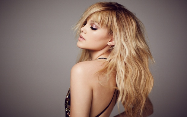 Olivia Holt Mane Addicts 2016 (click to view)