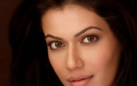 Payal Rohatgi Close up
