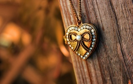 Pendant Heart Chain