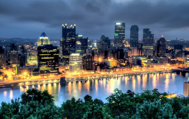 Pittsburgh in Dark (click to view)