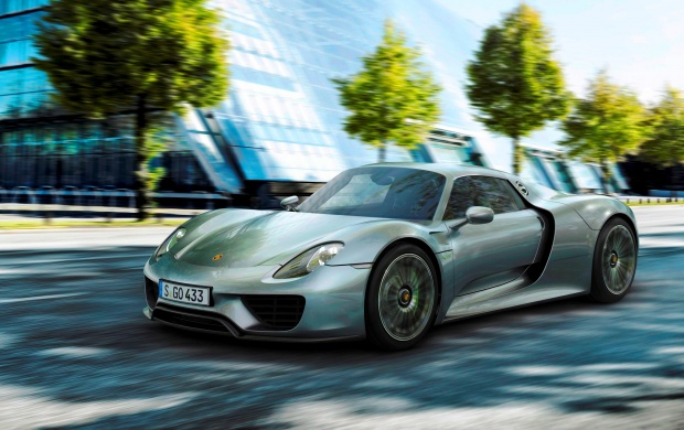 Porsche 918 Spyder 2015 (click to view)