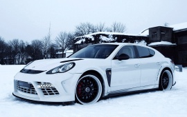 Porsche Panamera Turbo With Snow