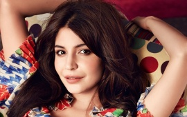 Pretty Smile Anushka Sharma