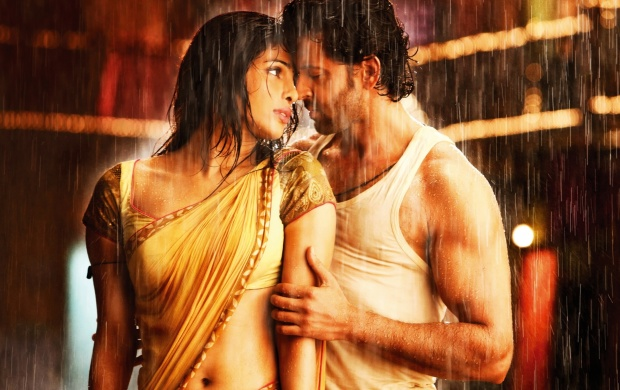 Priyanka Chopra and Hrithik Roshan (click to view)