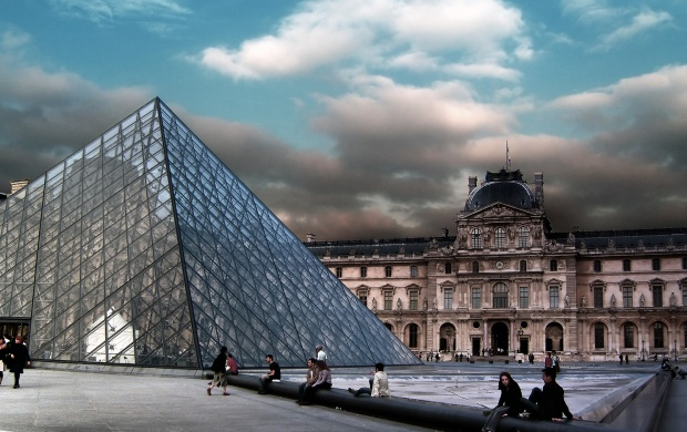 Pyramid At Louvre Museum Paris (click to view)