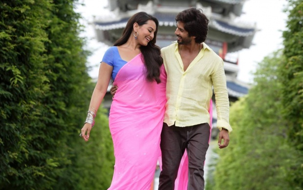 R Rajkumar Movie Stills (click to view)